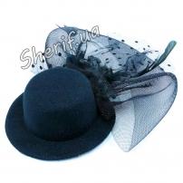 Шляпка с бутоньеркой и вуалью в ассортименте